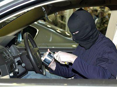 Как не стать жертвой автомобильных злоумышленников