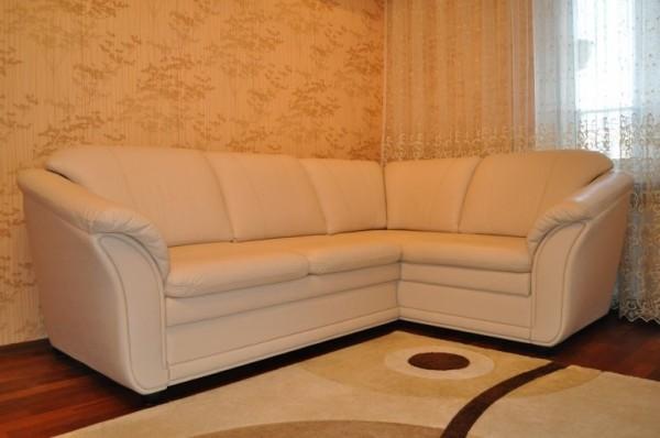 Чистка кожаной мебели в домашних условиях