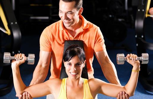 kak-vybrat-fitnes-trenera