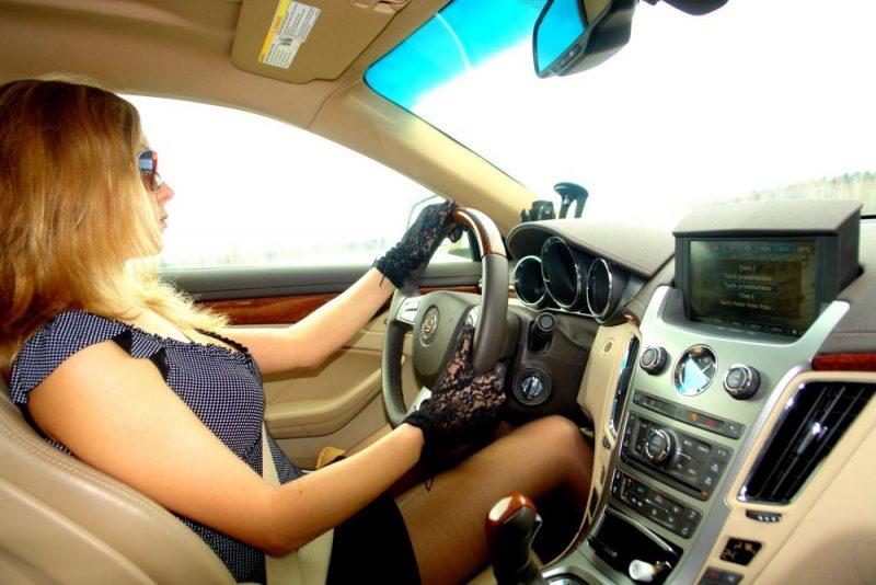 Женщина за рулем: стереотипы и реальность