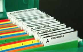 Как правильно хранить документы, счета, книги, фотографии