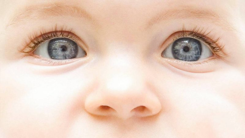 Как распознать коньюктивит у малыша?