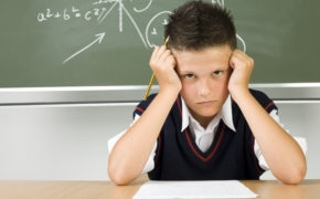 7 типичных родительских фраз с обратным эффектом