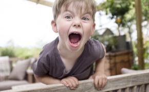 На меня кричит ребенок!
