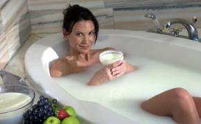 Использование молока для красоты кожи