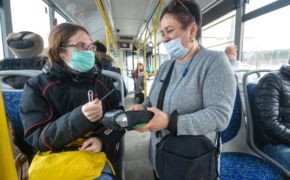 Самые опасные общественные места где можно подхватить инфекцию